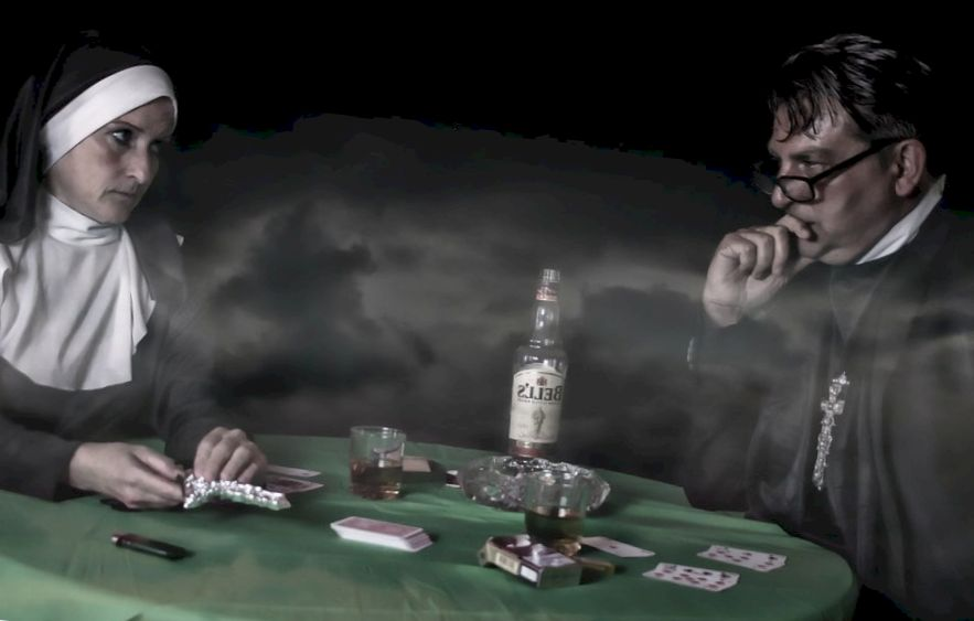 two players before the start of a poker game